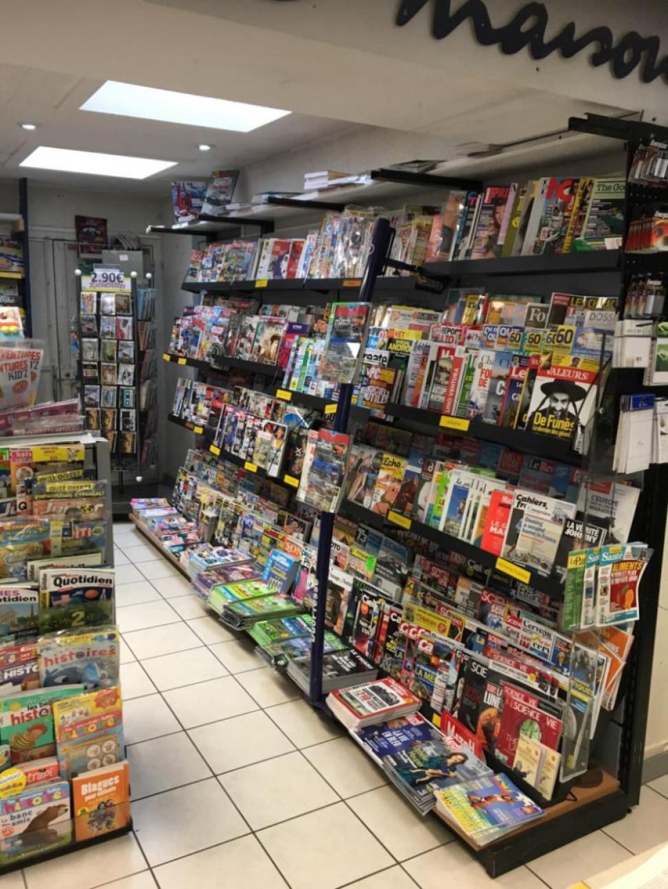 Presse - Librairie - cadeaux - jeux - PLEIN CENTRE