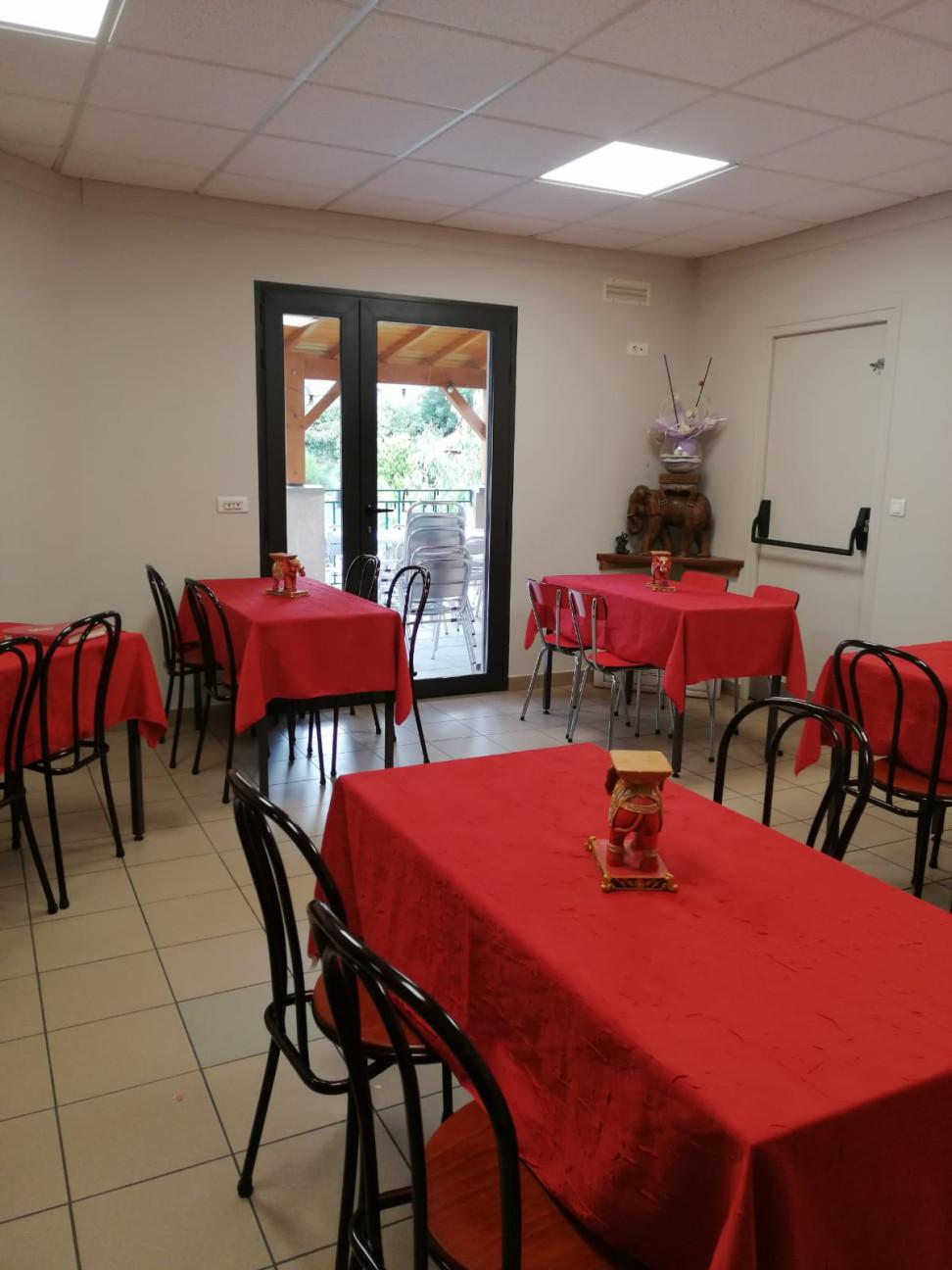 Bar Restaurant Epicerie en Beaujolais