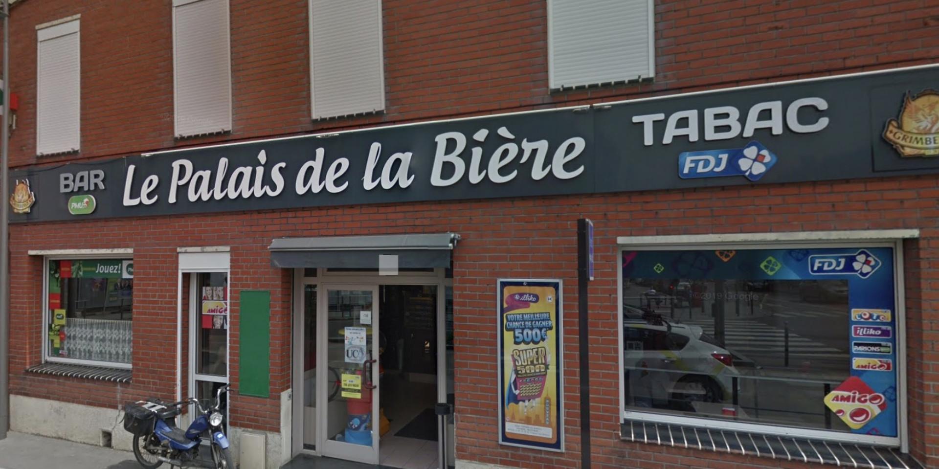 Bar tabac FDJ PMU situé en centre ville